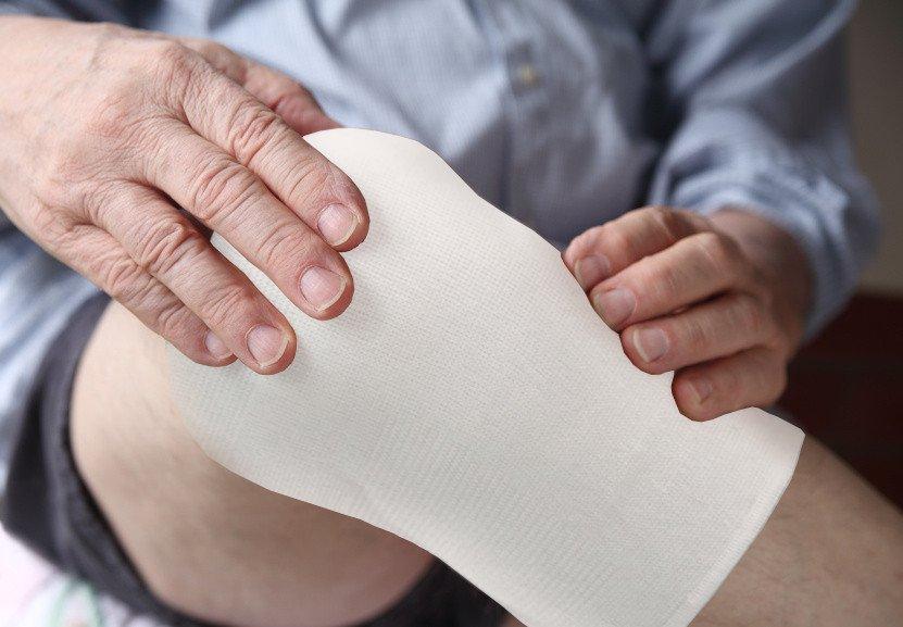 dịch vụ thay băng rửa vết thương tại nhà